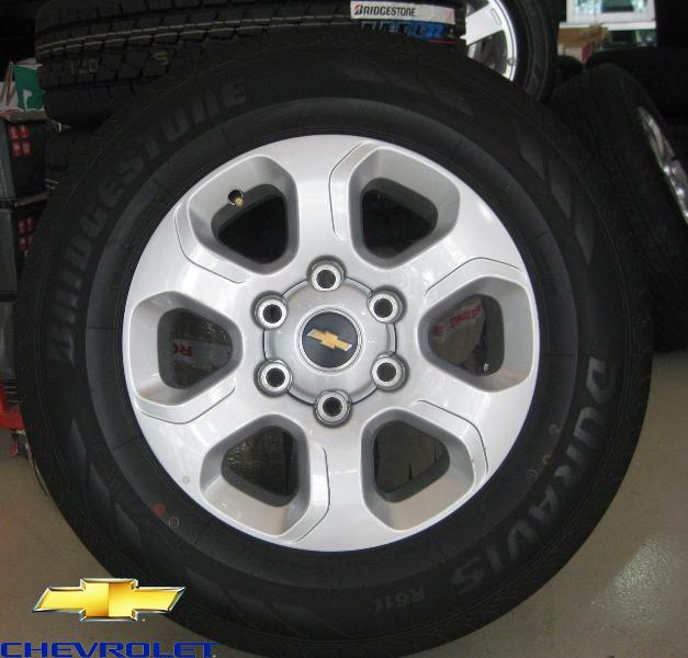แม็กซ์ติดรถ CHEVROLET COLORADO พร้อมยาง BRIDGESTONE UPDATE แม็กซ์ติดรถ CHEVROLET COLORADO พร้อมยาง BRIDGESTONE 215/70R16 ปี 48/12   คลิกรูปใหญ่